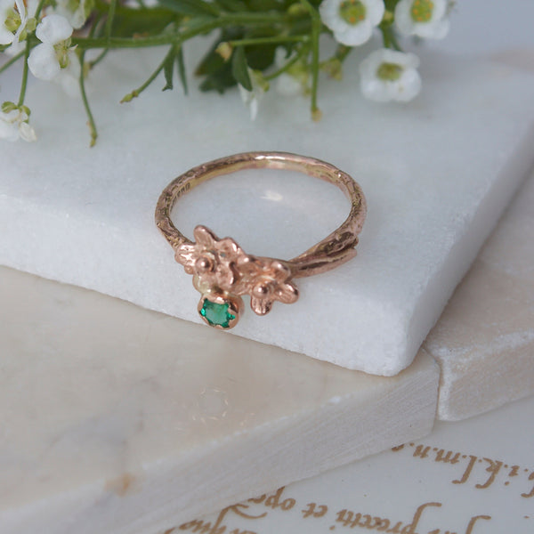 Rose Gold Meadow Flower Engagement Ring-offset ring-May Birthstone-Elvish Engagement Ring-Rustic Red Gold Emerald Ring-Floral Ring
