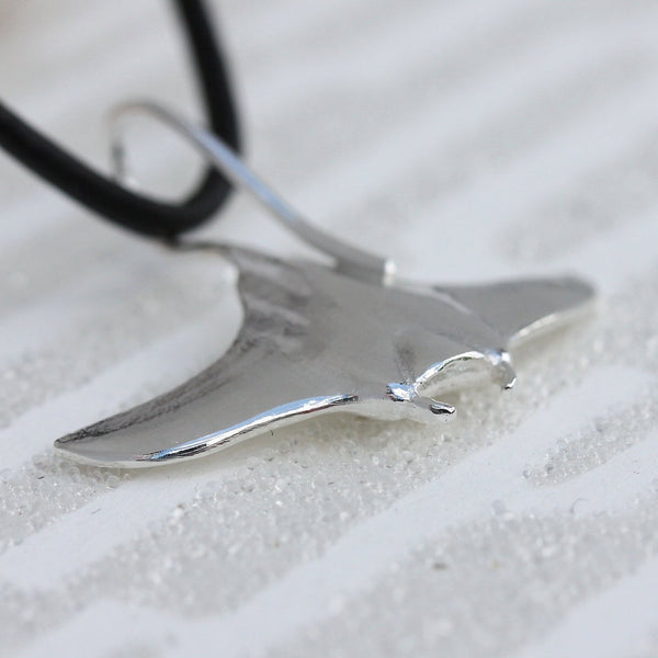 Manta Ray Necklace, Manta Ray Pendant, Diving Charms, Silver Manta Ray