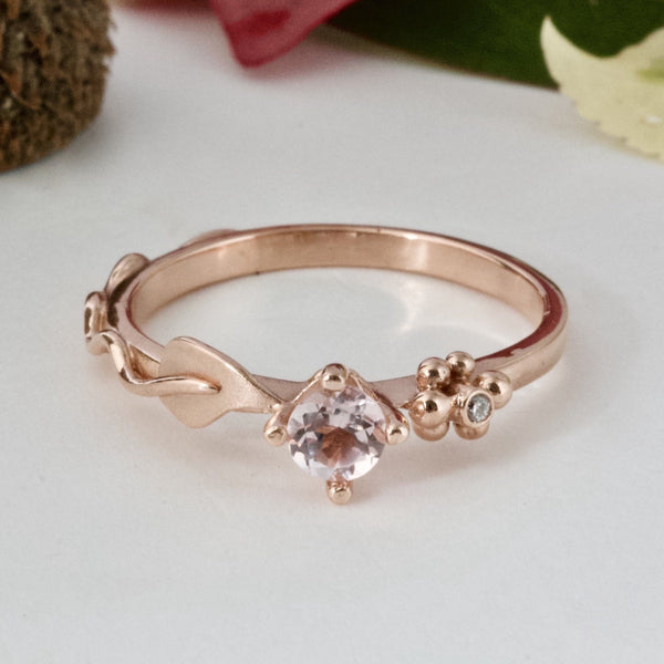 rose gold and morganite engagement ring