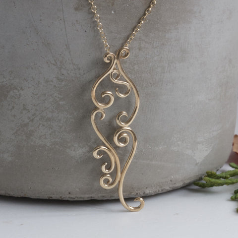 Solid 9ct Gold Vintage Inspired Romance Necklace