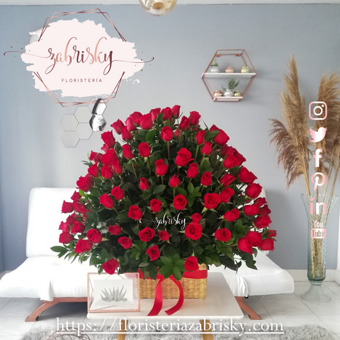 Make the day a little bit sweeter with a Valentine's Day flower delivery!