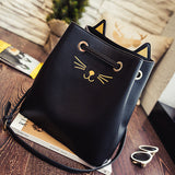 Cat Lovers Tote Bag - CrossBody Bucket Bag by Msmo