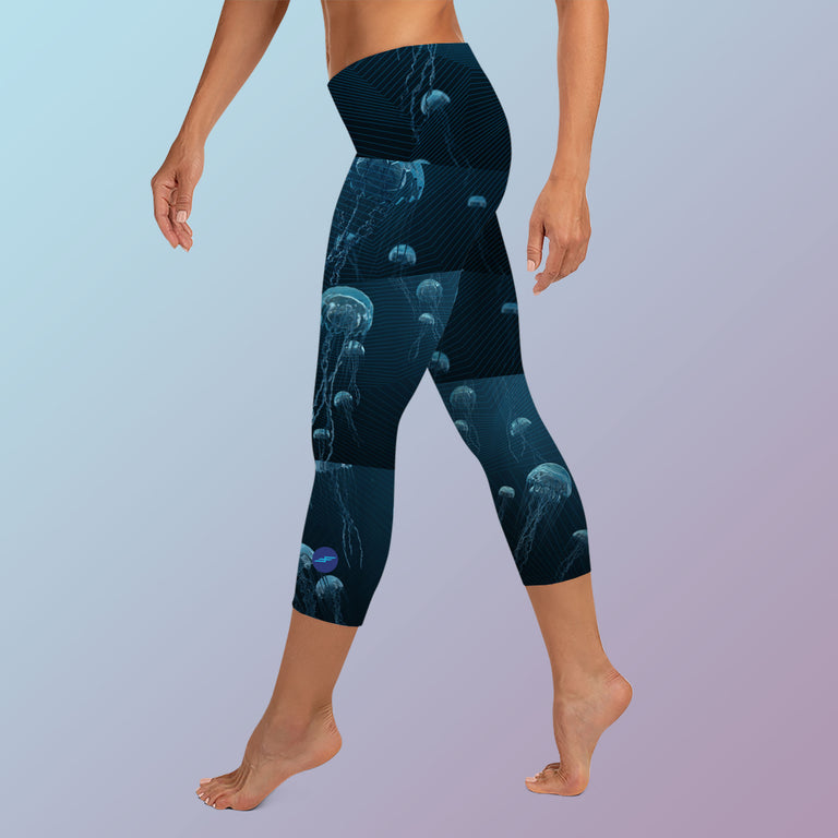 Women's Team Comox Capri Leggings