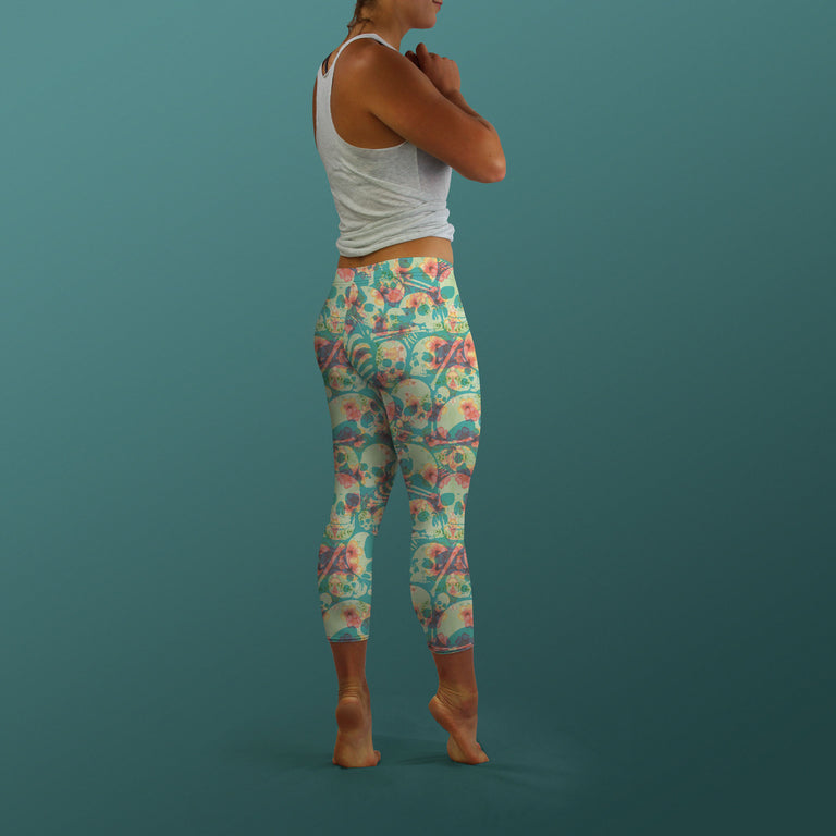 Bone Collector Capri Leggings, Hibiscus