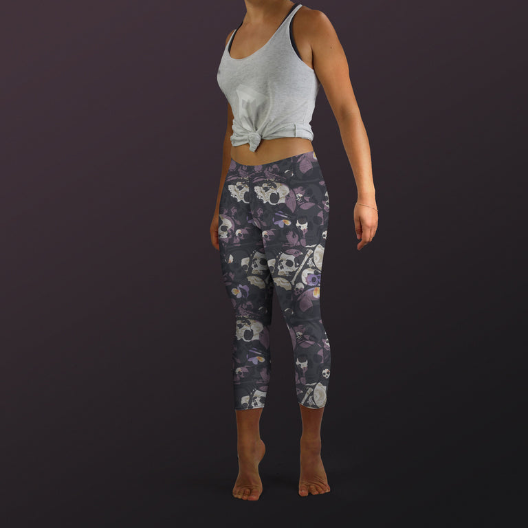 Bone Collector Capri Leggings, Nightshade