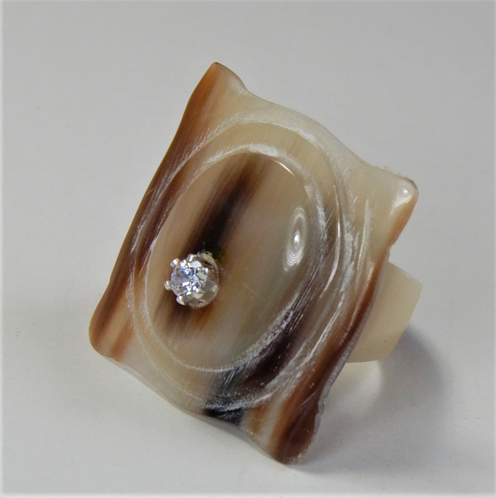 BUFFALO HORN CUBIC ZIRCONIA RING