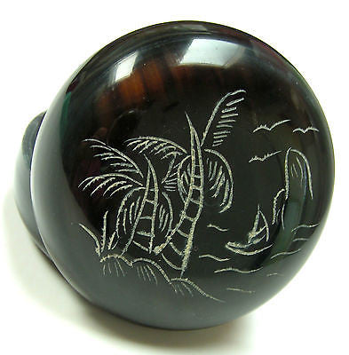 One Buffalo horn Trinket Box