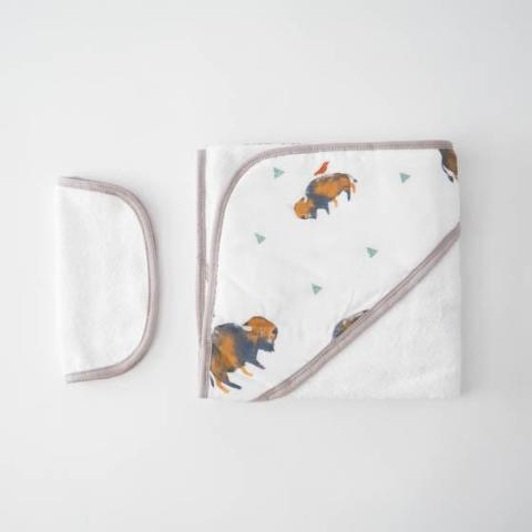 Hooded Towel + Washcloth Set in Tiny Bison Print