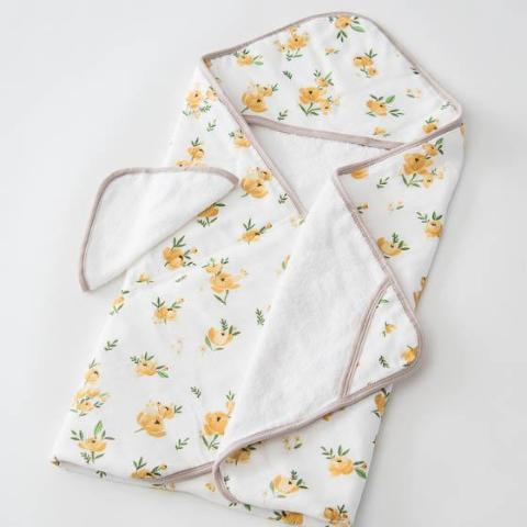 Hooded Towel + Washcloth Set in Yellow Rose