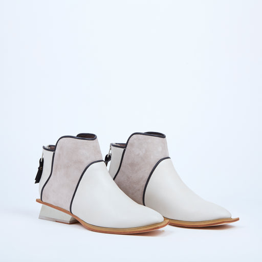 Zipped Bicolor Boots