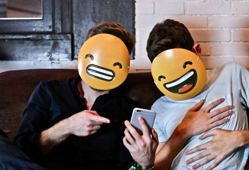 THIS IS WHAT THOSE EMOJIS ACTUALLY MEAN – Goodwin Smith