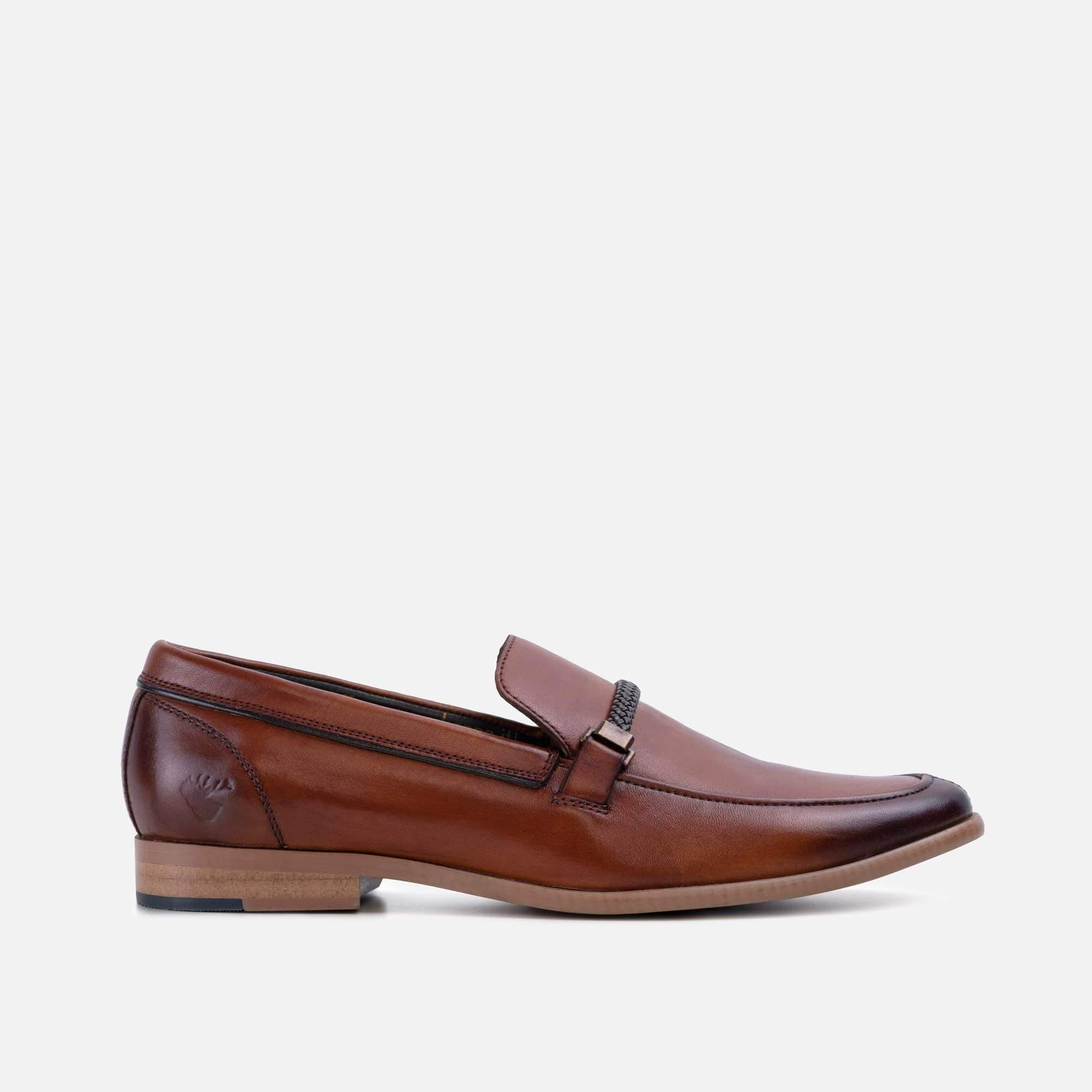 Smart casual tan leather loafer for men with metal and leather saddle trim