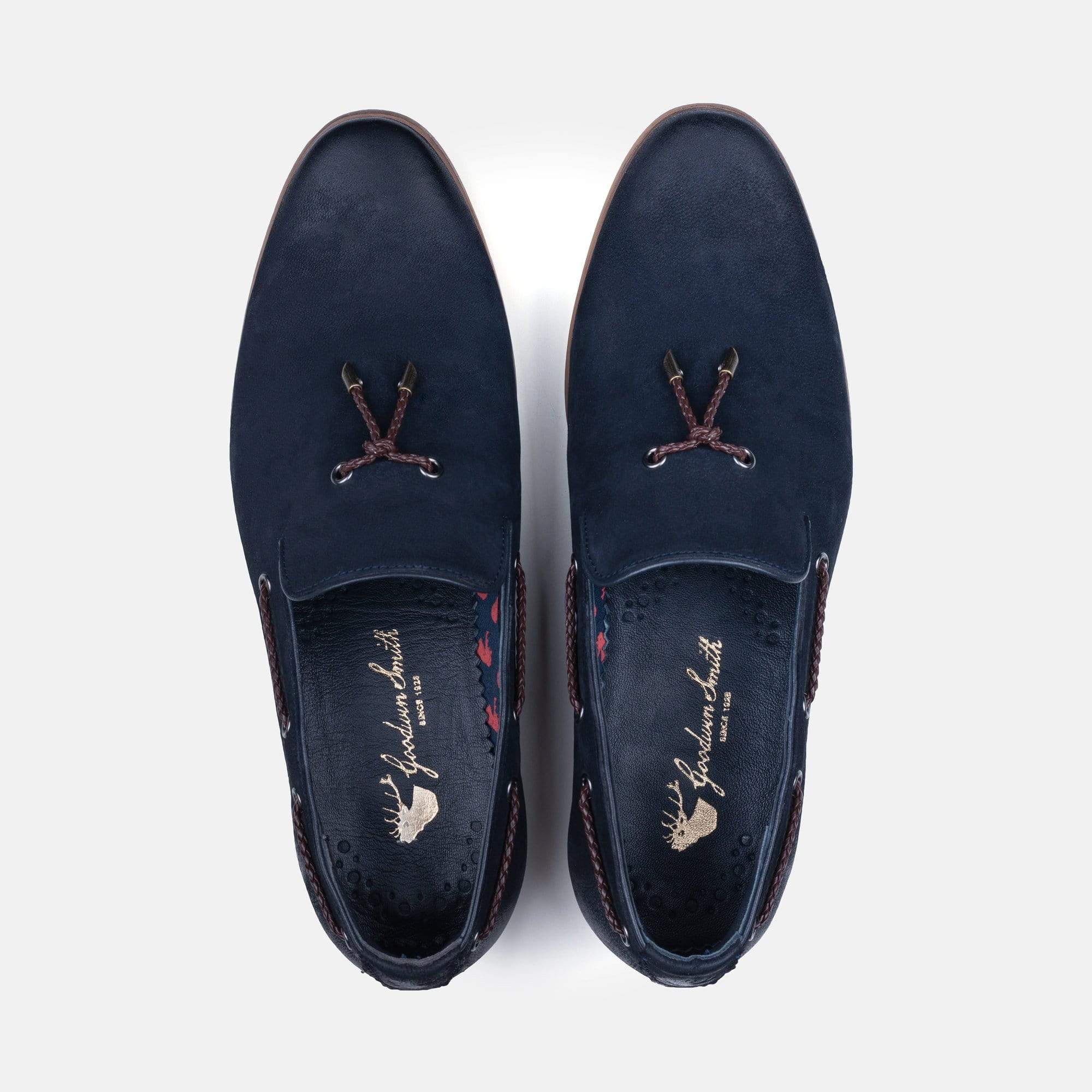 Mens navy nubuck shoes with leather collar lining and sock, textile lining featuring stag logo