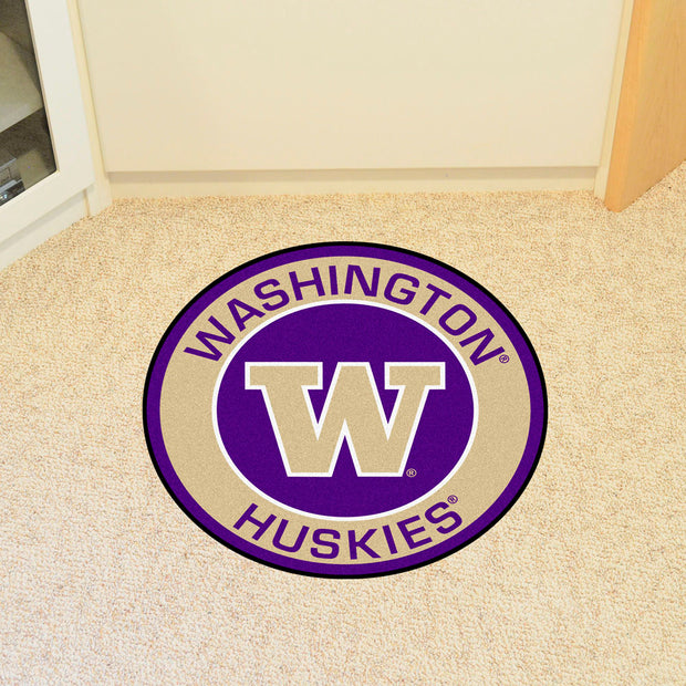 Washington Huskies Team Emblem Throw Rug in Room