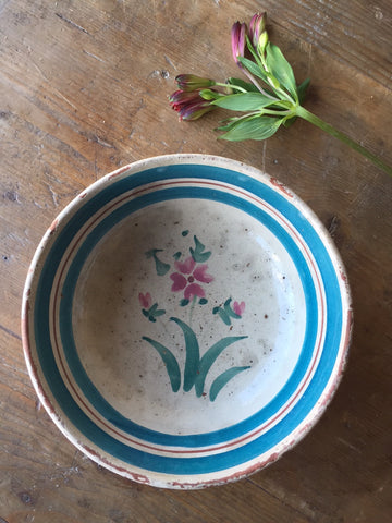 Antique italian bowl from southern italy online