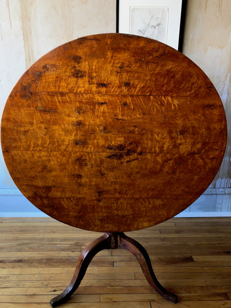 Antique Tilt Top Table