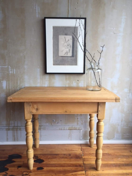 Small Italian Antique Table Extends