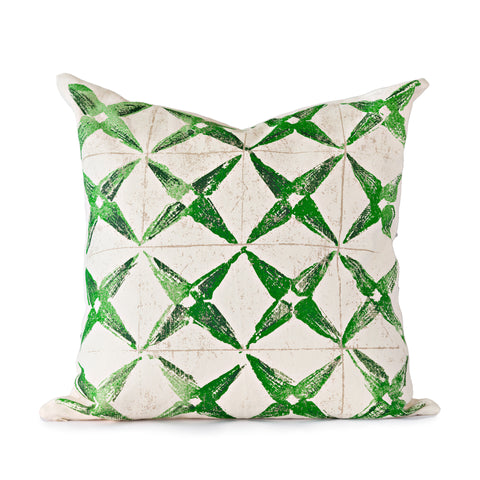 Green Star Throw Pillow