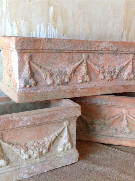 Italian Terracotta Planter With Garland - Mercato Antiques - 1