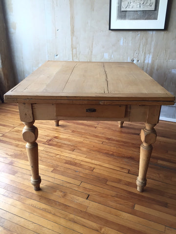 Tuscan Antique Dining Table (Extends)