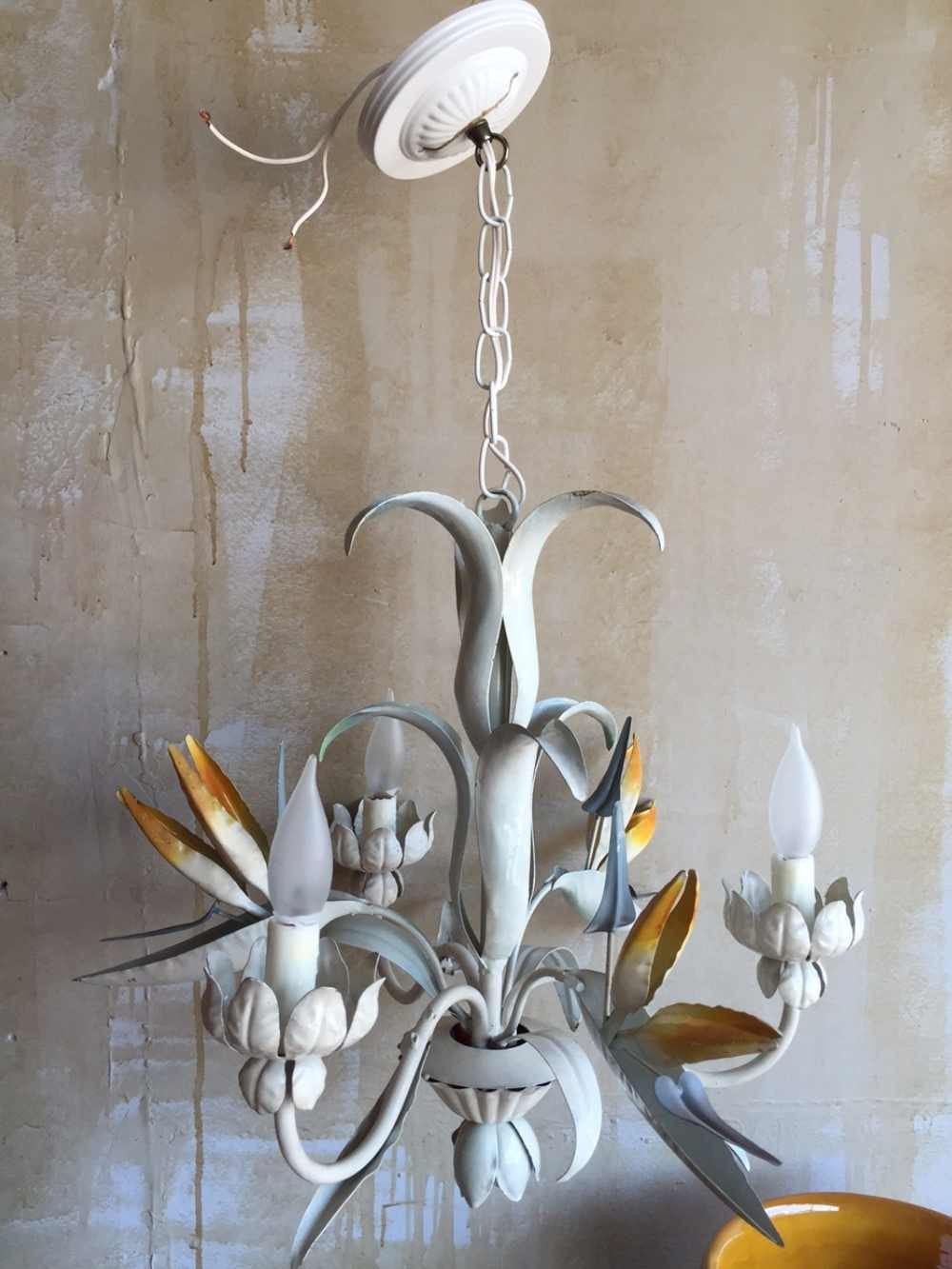 Soldvintage tole chandelier with bird of paradise soldvintage tole chandelier with bird of paradise arubaitofo Image collections