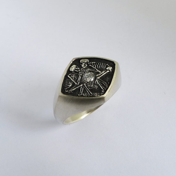 Dulcis Mortem Ring w/ Oxidized Silver (Wide Band)