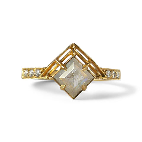 Bhumi Ring with Icy Gray Diamond (Seven Stone)