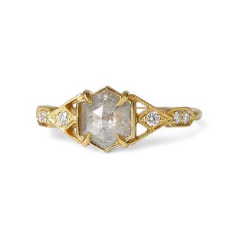 Casia Vestra Ring with Icy Gray Diamond