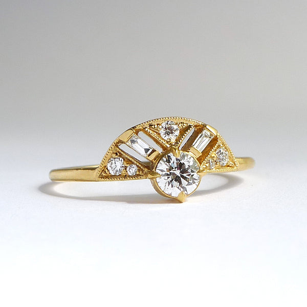 Leanne Ring w/ Diamond Brilliant ( 8 stone)