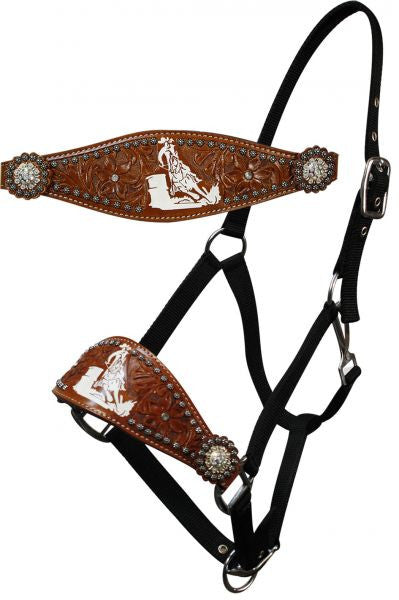 Showman adjustable nose nylon bronc halter with nickle plated hardware and eyelets