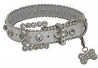 Showman Couture ™ Silver leather dog collar with crystal rhinestones.