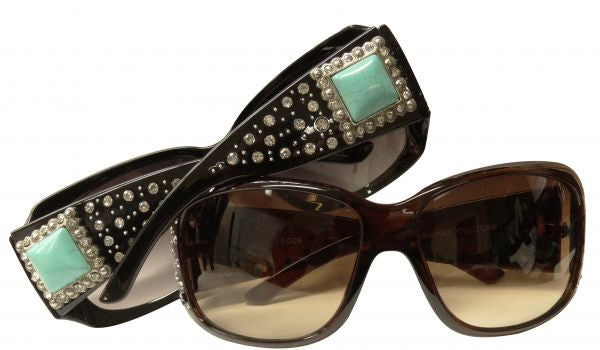 Showman Couture ™ Ladies western bling sunglasses with turquoise stone concho and crystal rhinstone inlays.