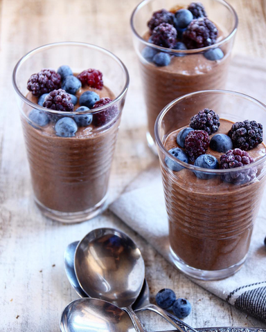 Creamy Protein Chocolate Chia Puddings