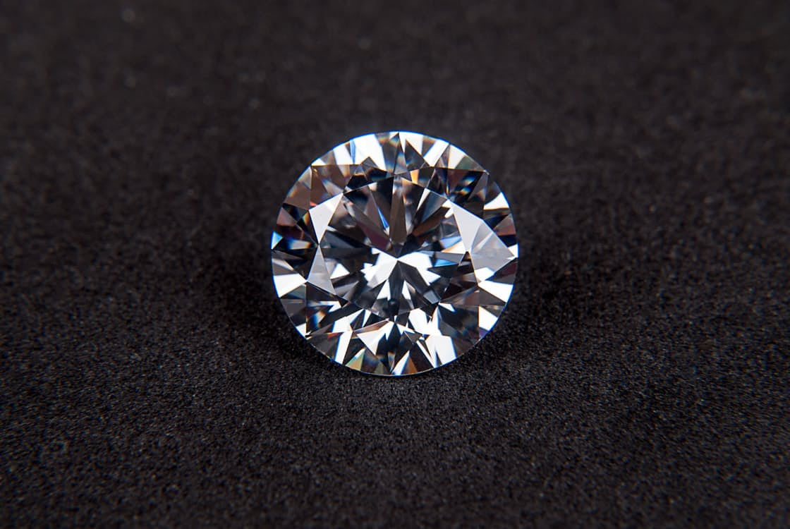 Buying A Diamond: Seeing Is Everything