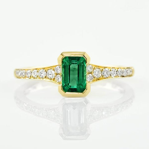 Green Stone Jewelry Trends