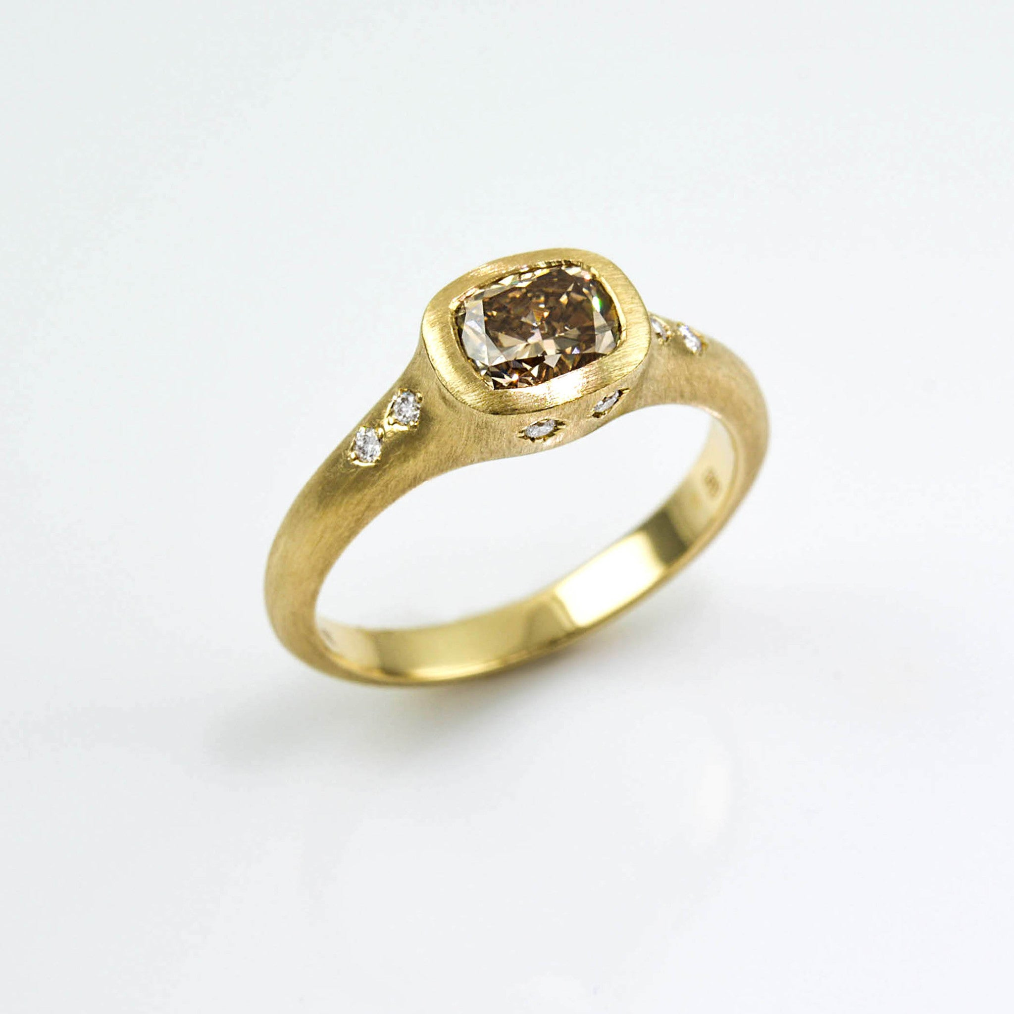 johnny engagement diamond brushed yellow ring jrj shop jewellery cut gold emerald rocket rings