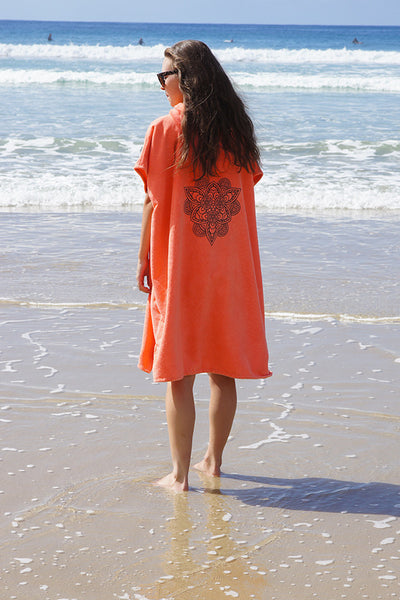 Hooded Change Towel (Coral Pattern)