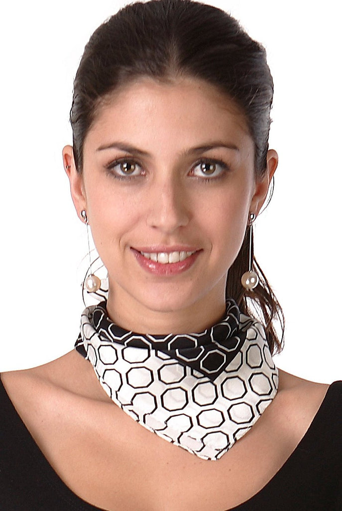 Luxury Lane Women's 'Octagon' Pure Silk Square Scarf