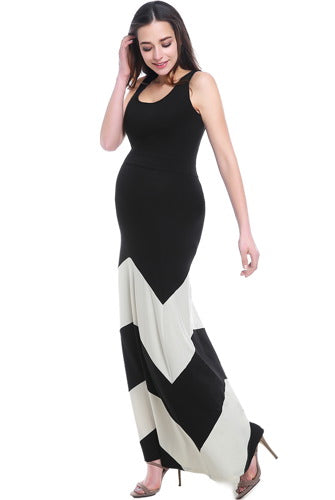 "Kimi + Kai Maternity ""Sally"" Abstract Maxi Dress"