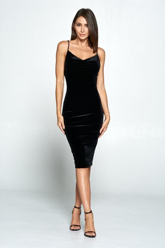 Everleigh Velvet Midi Dress - Black