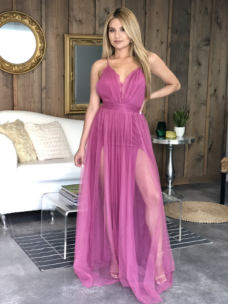 Vivian Mesh Gown With Lace Detail - Magenta