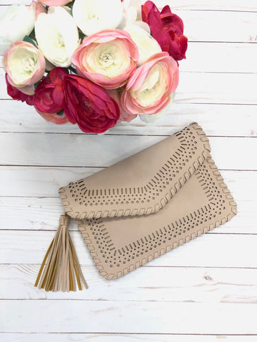 Memi Laser Cut Clutch With Tassel - Blush