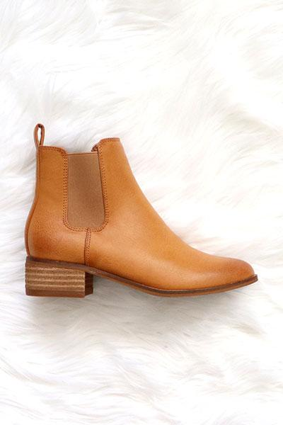 Tahlia Ankle Bootie with Low Wooden Heel - Camel