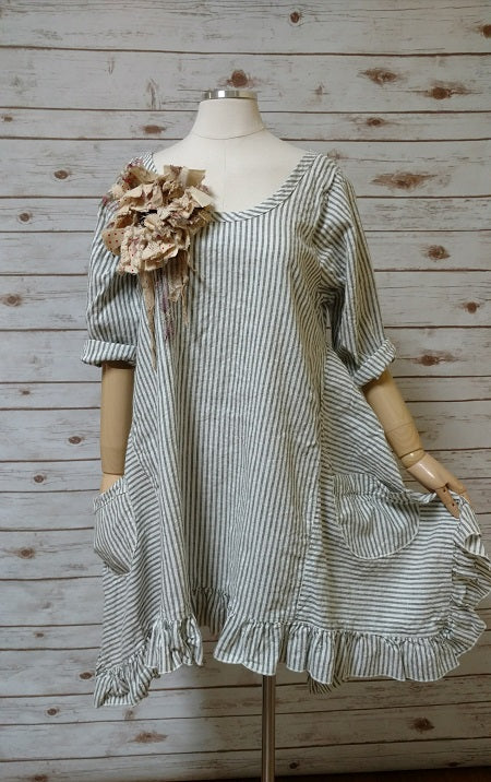 Flutter Top in Linen Stripe USA