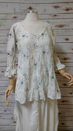 Julie Top in Floral Linen, HD-042
