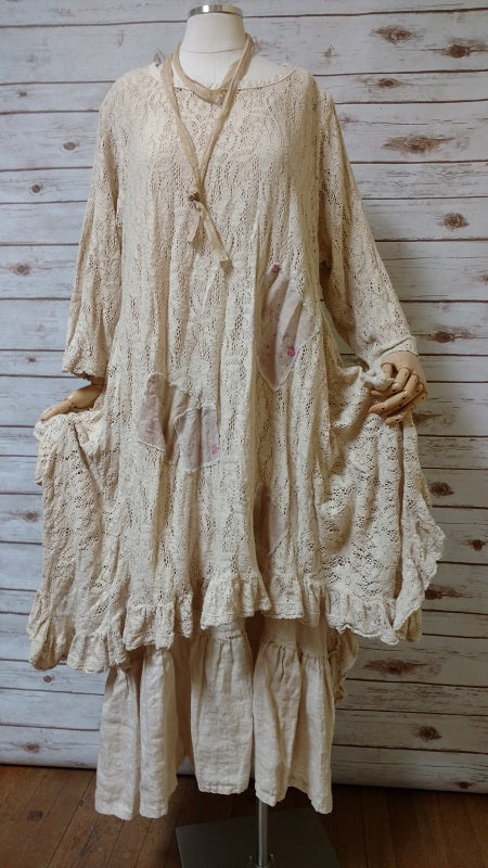 Flutter Top Sweater Lace Tea Stain, USA