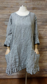 Tea Dress Big Black Stripe, USA