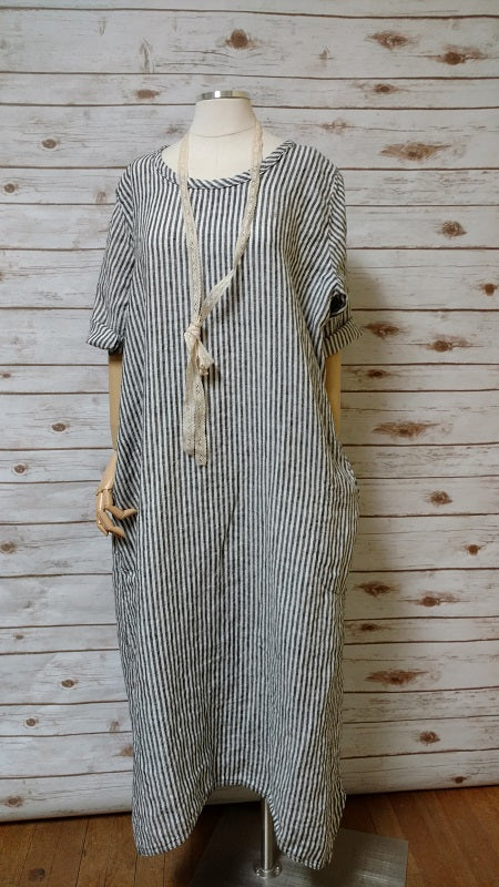 Simple Dress in Linen Stripe, USA