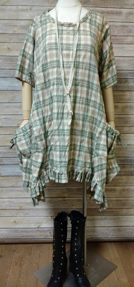 Mary Dress in Plaid Flannel, USA