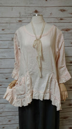 Lola Top in Linen, USA